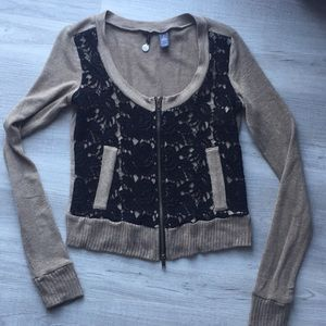 BKE Boutique sweater.  Size small
